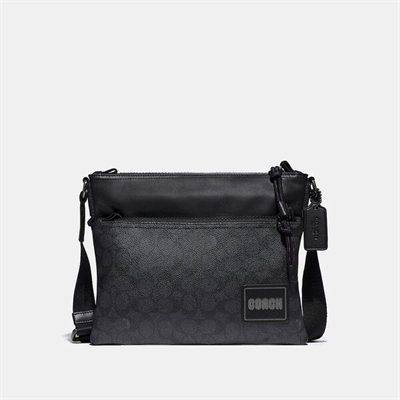 Fashion 4 Coach Signature Pacer Crossbody