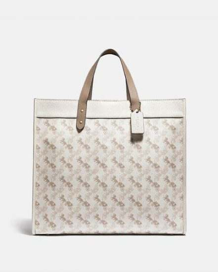 Fashion 4 Coach Field Tote 40 With Horse And Carriage Print