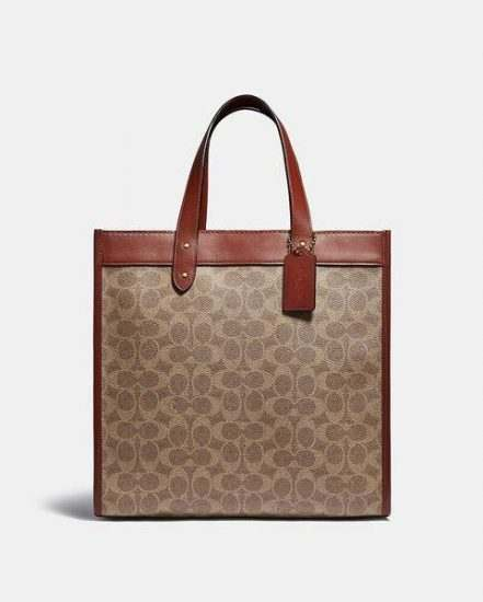Fashion 4 Coach Field Tote In Signature Canvas With Horse And Carriage Print