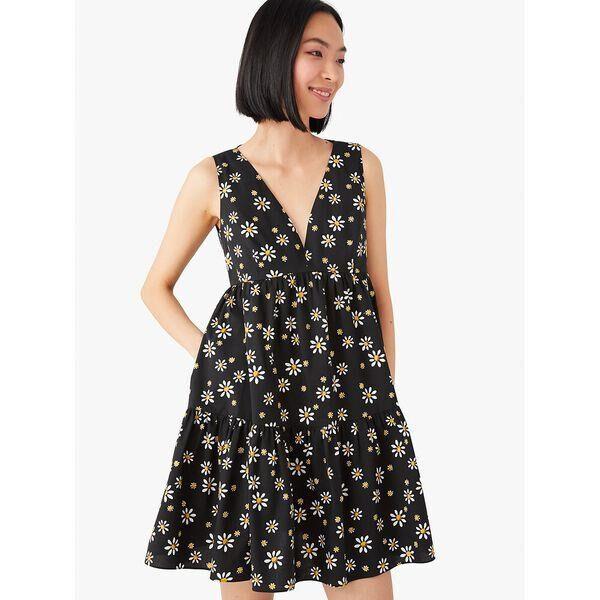 Fashion 4 - daisy dots vineyard dress